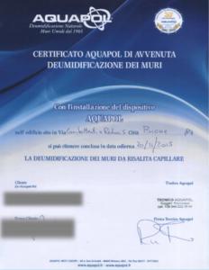 certificato di risoluzione di umidità di risalita